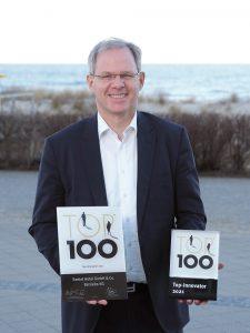 Rolf Seelige-Steinhoff freut sich über die Top-Innovator-Auszeichnung.